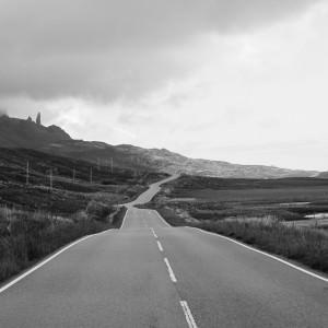 Skye-sten-syns-från-vägen