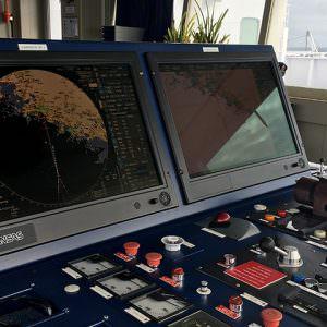 udstyr-paa-broen