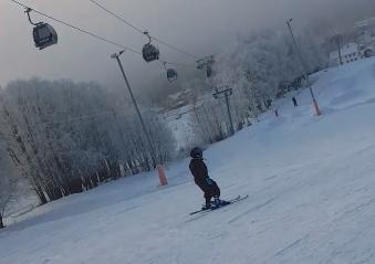 Med børn på skitur til Hafjell