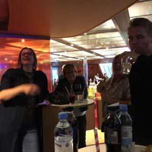 Drinks i baren på Stena Scandinavica